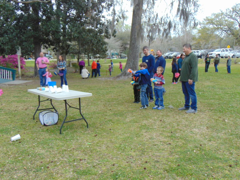 Easter-egg-hunt-in-the-park-life-givers-church-life-givers-moncks-corner-sc-14
