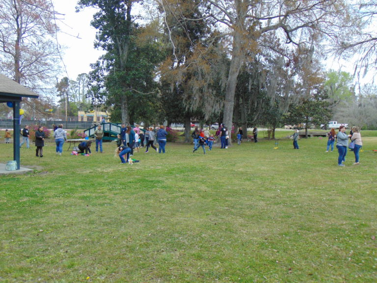 Easter-egg-hunt-in-the-park-life-givers-church-life-givers-moncks-corner-sc-15