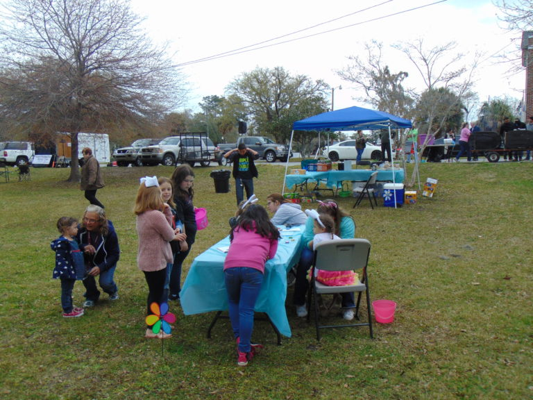 Easter-egg-hunt-in-the-park-life-givers-church-life-givers-moncks-corner-sc-16
