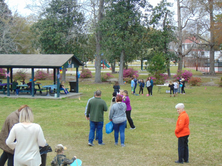 Easter-egg-hunt-in-the-park-life-givers-church-life-givers-moncks-corner-sc-21