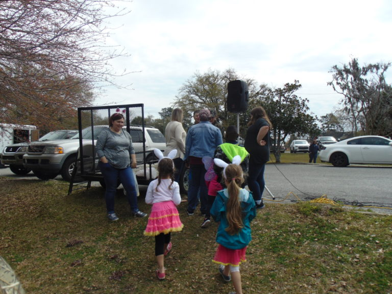 Easter-egg-hunt-in-the-park-life-givers-church-life-givers-moncks-corner-sc-51